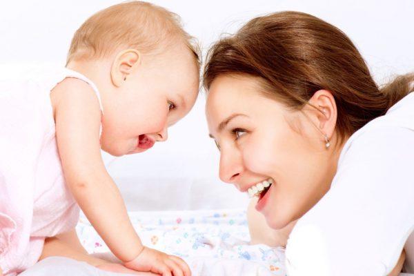 دندان های مادرزادی ؛ چرا برخی از نوزادان با دندان متولد می شوند؟