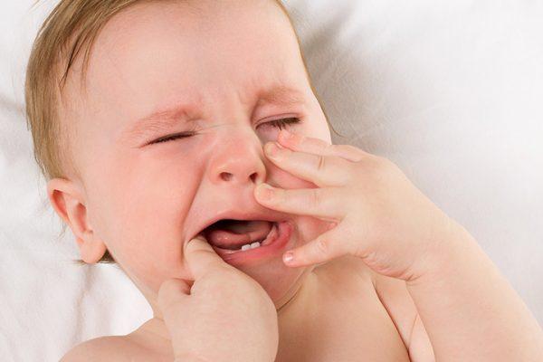 درد لثه در کودکان