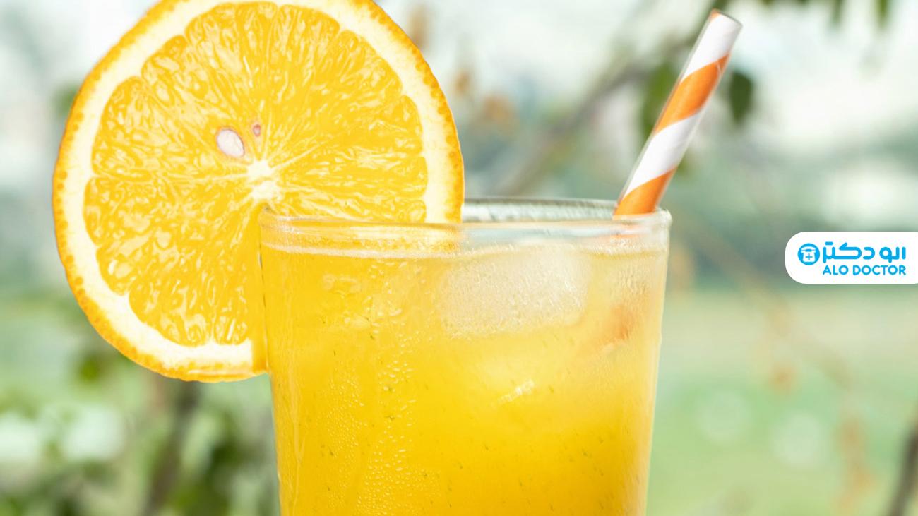 آب میوه های تازه برای درخشندگی پوست