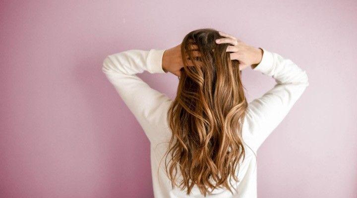 روش های طبیعی برای رشد مجدد مو در زنان / 15 روش کاربردی