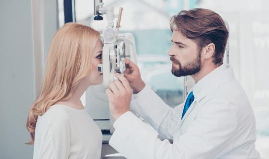 بهترین عمل چشم برای برداشتن عینک چه عملی است؟
