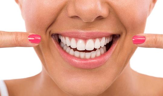 برای سفید کردن دندانها، بلیچینگ روش مناسبی است یا خیر؟