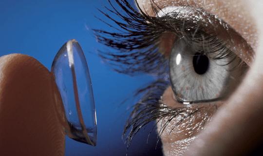لنز چشمی برای چه افرادی مناسب است؟