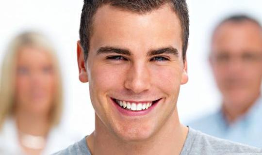 چه توضیحاتی در خصوص لامینت یا ونیر دندان دارید؟