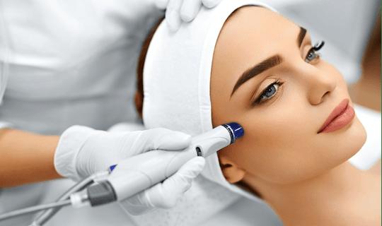 جوانسازی پوست به روش میکرودرم ابریژن چه مزایایی دارد؟