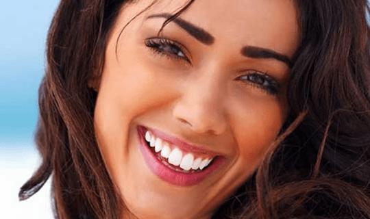 بلیچینگ یا سفید کردن دندان به چه روش هایی انجام می شود؟