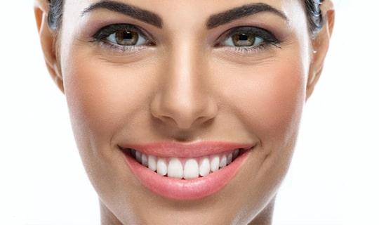برای داشتن یک طرح لبخند خوب باید به چه نکاتی توجه کنیم؟