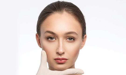 آیا عمل بینی ترمیمی به بیهوشی نیاز دارد؟