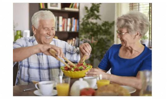 تغذیه سالمندان و نیاز های آنها در دوران سالمندی
