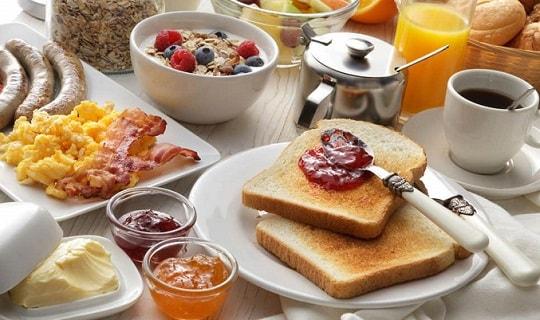 چرا مصرف صبحانه اهمیت دارد؟