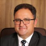 دکتر رضا شاکر